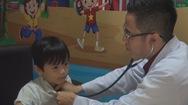 Phút cảnh báo: Mùa lạnh, đề phòng bệnh viêm phổi ở trẻ