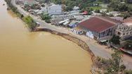 Tin nóng 24h: Báo động sạt lở ở Đồng bằng sông Cửu Long