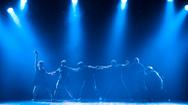 """Giải trí 24h: Múa đương đại Việt Nam tỏa sáng trong Lễ hội múa quốc tế Xposition """"O"""""""