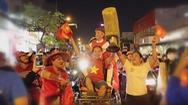 """Giải trí 24h: Sao Việt """"đi bão"""" mừng U22 Việt Nam vô địch SEA Games"""