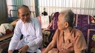 Cụ y sĩ chữa bệnh và làm nhà cưu mang người bệnh nghèo