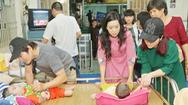 Trịnh Kim Chi làm từ thiện bằng cái tâm không ngại phán xét của mọi người