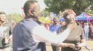 Kỳ lạ lễ hội 'bôi tro trét trấu' lên mặt nhau ở Trung Quốc