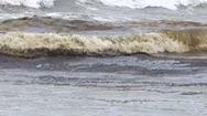 Nước biển đổi màu lạ chưa rõ nguyên nhân