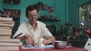 Góc nhìn trưa nay | Gặp người 'chữa bệnh' cho sách cổ ở Sài Gòn