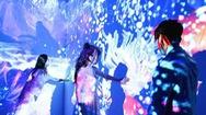 Giải trí 24h: Giới trẻ thích thú với khu vui chơi ánh sáng 3D đầu tiên tại Việt Nam