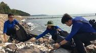Chung tay làm sạch biển