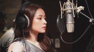 """Giải trí 24h: Chi pu gây bất ngờ khi hát tiếng Thái trong nhạc phim """"Friend Zone"""""""