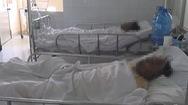 """Vụ """"Thách đố nhau tẩm xăng"""": Hai bệnh nhân bị bỏng rất nặng"""