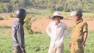 """Đắng lòng với nạn """"bóp cổ"""" nông dân trồng dưa hấu ở Phú Yên"""