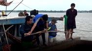 Lại phát hiện vụ khai thác cát trái phép trên sông Hàm Luông