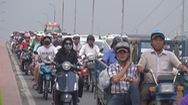 Tin nóng 24h: Cấm xe máy tại các quận trung tâm, chuyện không dễ