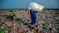 Những ngôi nhà làm từ rác thải nhựa