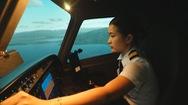 Nữ diễn viên Việt Nam đầu tiên làm phi công