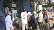 Dân đảo Lý Sơn nháo nhào mua xăng dầu dự trữ