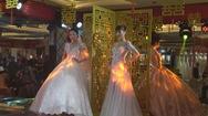 Triển lãm cưới Windsor gợi ý xu hướng thời trang cưới 2019