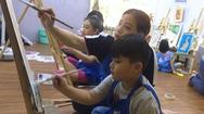 Đi học vẽ để làm bạn với con