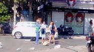 Xác minh clip chủ shop áo quần đánh chị lao công vì bị nhắc nhở khi vứt rác