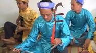 Gặp người  chơi được 7 loại nhạc cụ cổ truyền