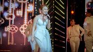 """Giải trí 24h: Mỹ Tâm chiêu đãi khán giả phiên bản tiếng Hàn """"Người hãy quên em đi"""""""