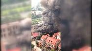 Cháy dữ dội nhà hàng gần Thiên Đường Bảo Sơn tại Hà Nội