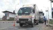 Sử dụng trạm cân lưu động để trị xe quá tải khu vực cảng Cát Lái