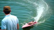 Độc đáo thú chơi tốc độ cùng mô hình tàu siêu tốc