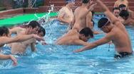 Nghệ An lần đầu mở lớp dạy bơi cho 600 giáo viên