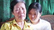 Nước mắt rơi ngày nhận giấy báo nhập học của nữ sinh xứ Nghệ