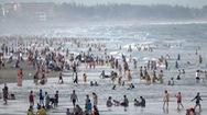 Tin nóng 24h: Nghỉ lễ 2-9, du khách đổ về biển