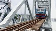 Cầu sắt Bình Lợi cũ hoàn thành sứ mệnh, cầu mới hướng đến tương lai