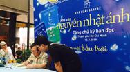 1.000 độc giả chờ đợi nhà văn Nguyễn Nhật Ánh ký tặng sách