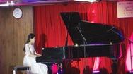 Ý nghĩa chương trình biểu diễn piano gây quỹ xây thư viện vùng cao