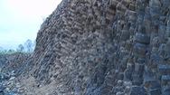 Khảo sát mỏ đá An Phú, nơi xuất lộ đá dạng cột như đá dĩa
