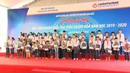 Trao học bổng hơn 500 triệu đồng cho học sinh nghèo hiếu học ở xứ Thanh