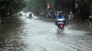 Góc nhìn trưa nay   Sau cơn mưa lớn, nhiều tuyến đường ở TP Vinh ngập trong biển nước
