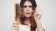 Ăn uống thiếu chất có thể gây rụng tóc