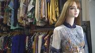 Đầm si cổ điển Nhật giá bạc triệu hút khách dịp Tết