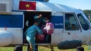 Video: Vùng bị cô lập ở Quảng Trị được tiếp tế khẩn cấp bằng trực thăng