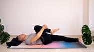 Bài yoga giúp ngủ ngon và trẻ hoá cơ thể