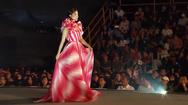 Video: Mỹ Linh, Tiểu Vy, Thùy Linh đọ sắc cùng top 35 thí sinh hoa hậu Việt Nam