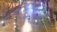 Video: Kinh hoàng nhóm thanh niên đuổi đánh nhau gây 'náo loạn' tại đường phố Hà Nội