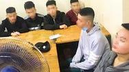 Video: Khởi tố nhóm thiếu niên cầm dao 'phóng lợn' đuổi chém nhau trên phố ở Hà Nội