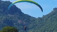 Video: 90 phi công dù lượn tham gia bay trên núi Phụng Hoàng Sơn
