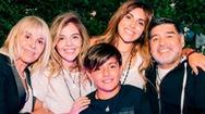 Video: Tranh chấp khối tài sản 100 triệu USD trong khi diễn ra lễ tang Maradona