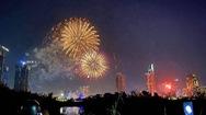 Tin mới: Người dân được phép bắn pháo hoa dịp lễ tết, sinh nhật