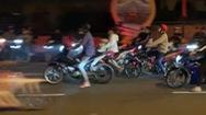 Video:  CSGT mở đợt cao điểm, hàng trăm 'quái xế' vẫn 'quậy tưng' trên quốc lộ 1