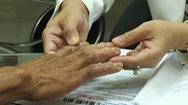 Tăng nguy cơ lây nhiễm khi dùng nước rửa tay kém chất lượng