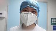 Video: Được tháo khẩu trang sau một ngày làm việc là niềm hạnh phúc khó tả của các y tá ở Vũ Hán