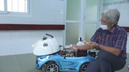 Góc nhìn trưa nay   Cải tiến xe đồ chơi thành xe phun khử khuẩn phòng dịch Covid-19
